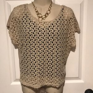 Crochet front t-shirt.  Juniors large
